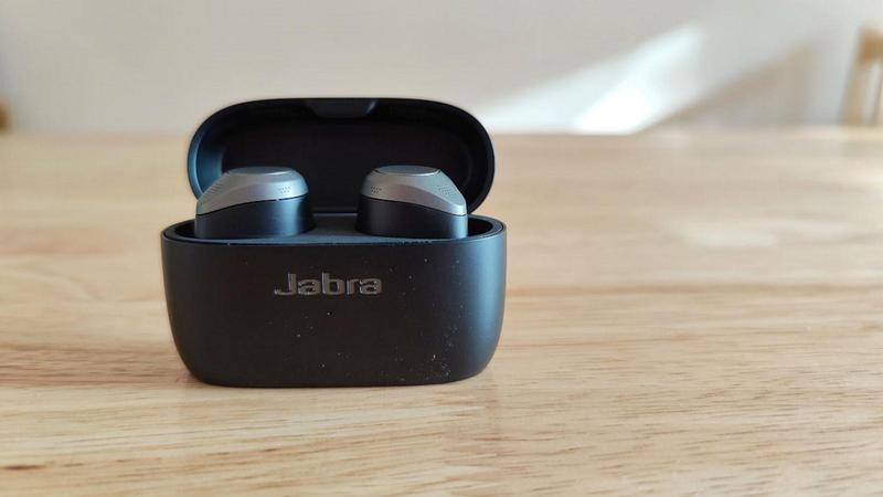 jabra elite 85t base