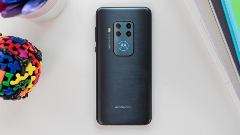 motorolaone zoom review